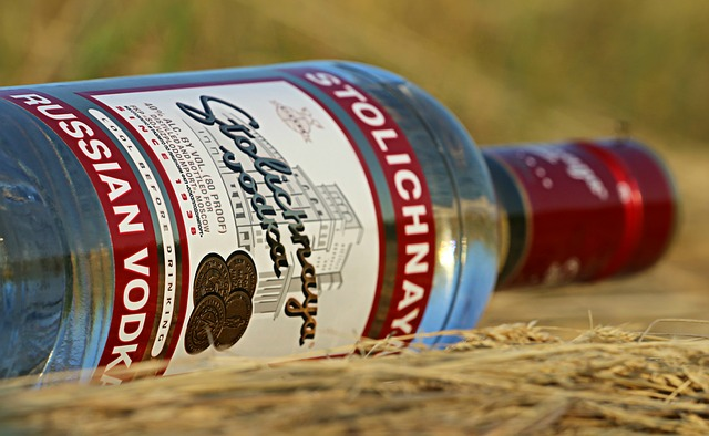 Az oroszok és a lengyelek nemzeti itala, a vodka