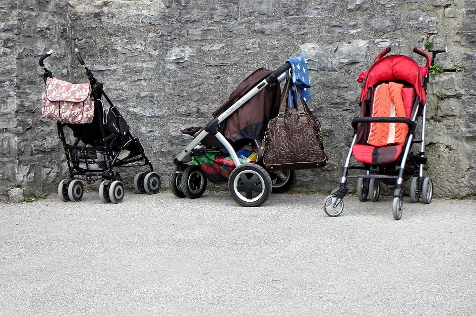 Modern babakocsiwebaruház szülőknek